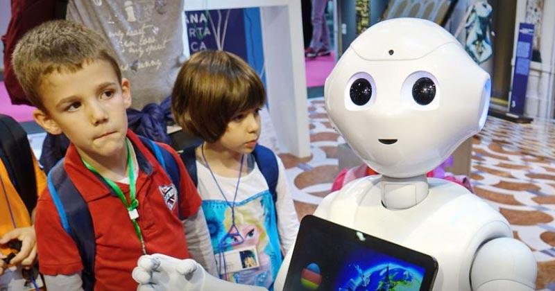 Robots teaching assistants