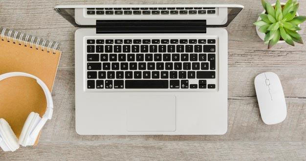illustration ordinateur et souris