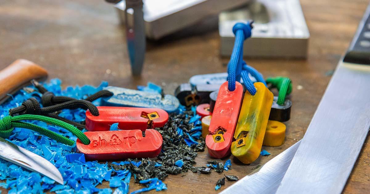 Sharp : un aiguiseur en plastique recyclé !