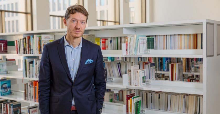Nicolas Glady, directeur de Télécom Paris, au CRDN (bibiothèque)